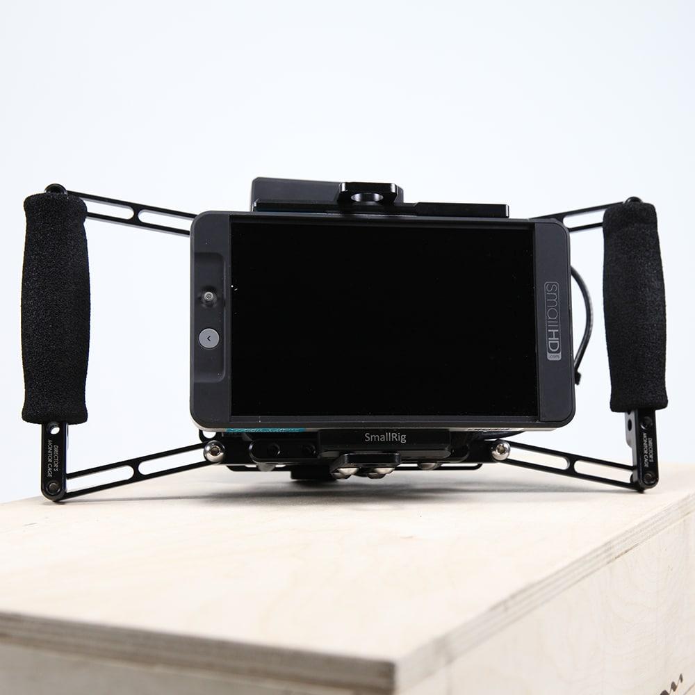 7 Small HD 702 Wireless Monitor Cage 3