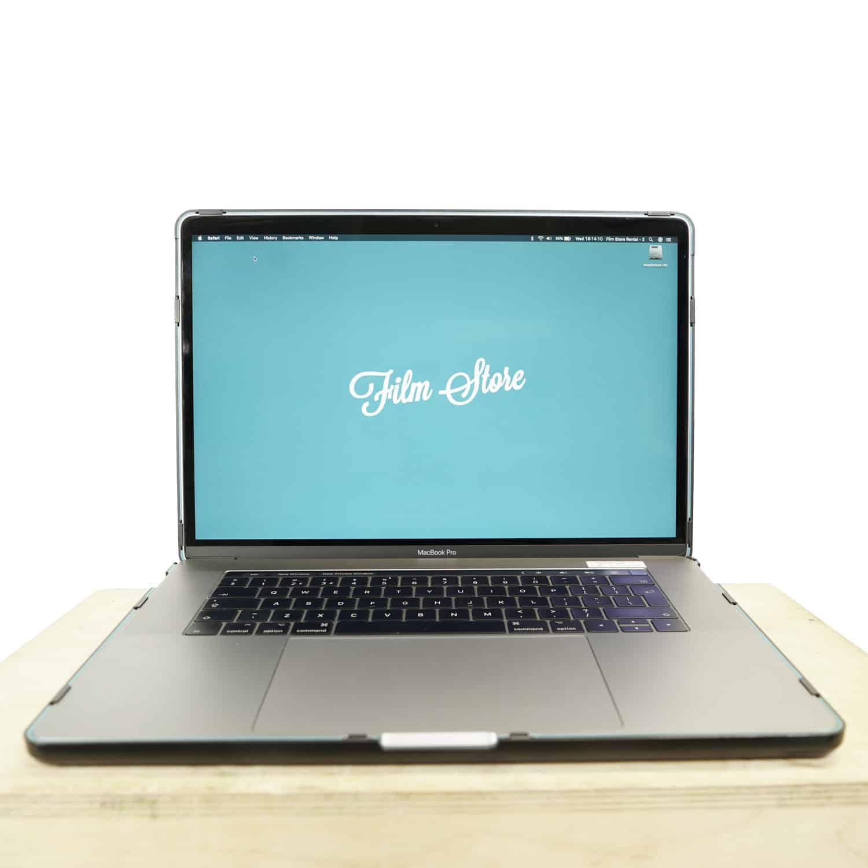 Apple Macbook 15″